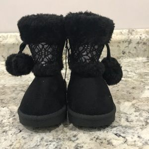 🌴NEW LISTING🌴 NWOT Toddler Poodle Boots